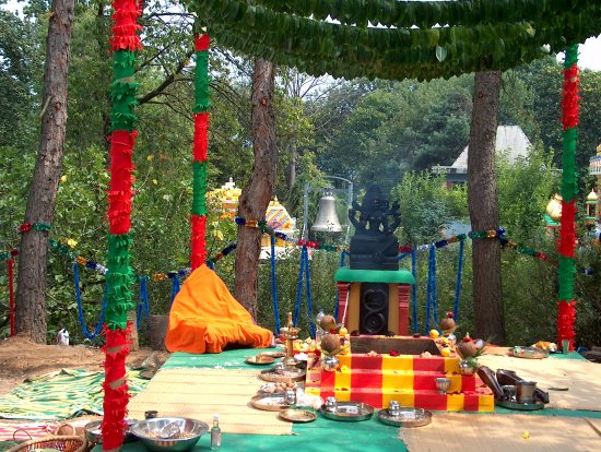 Matha Gitananda Ashram – Monastero Induista Tradizionale