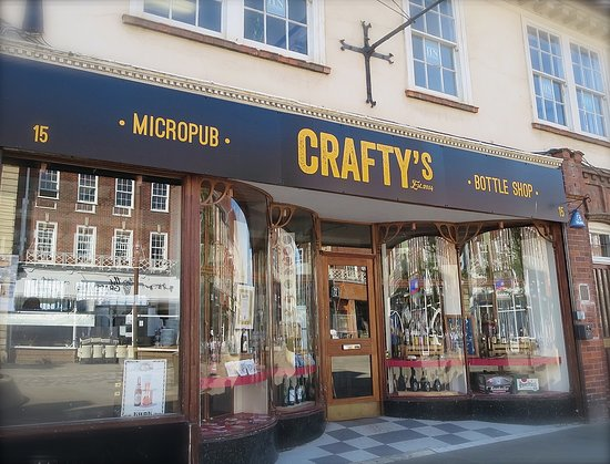 Friendly, relaxed and lovely vibes in Crafty's in Letchworth Garden City