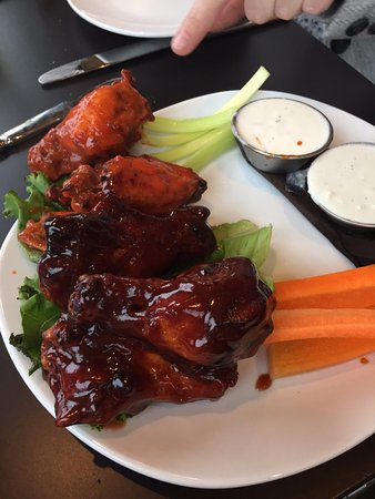 Haverhill, Μασαχουσέτη: Maples chicken wings and buffalo hot wings app