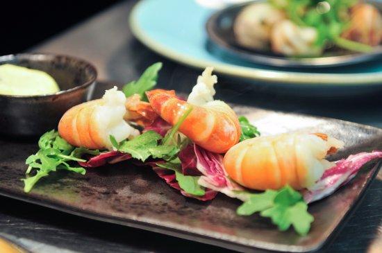 Cwmbran, UK: Juicy prawns cooked to order!