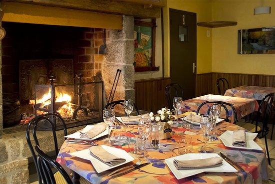 Lubersac, France: La salle de restaurant en hiver