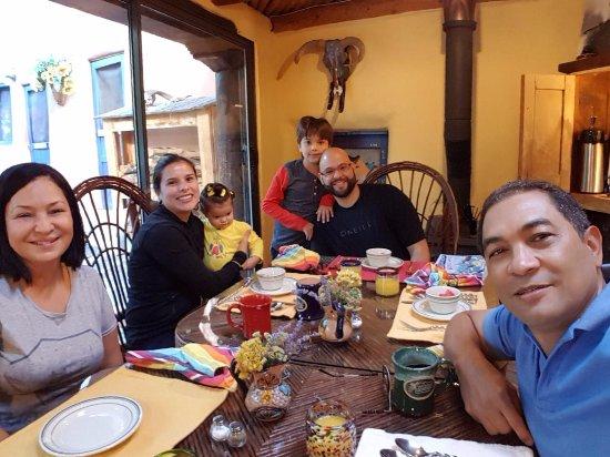 Ranchos De Taos, Нью-Мексико: Early breakfast