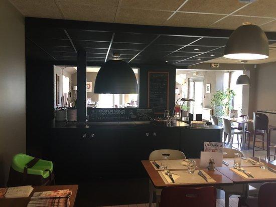 Herouville-Saint-Clair, France: L'hôtel Campanile Caen Nord - Hérouville-Saint-Clair