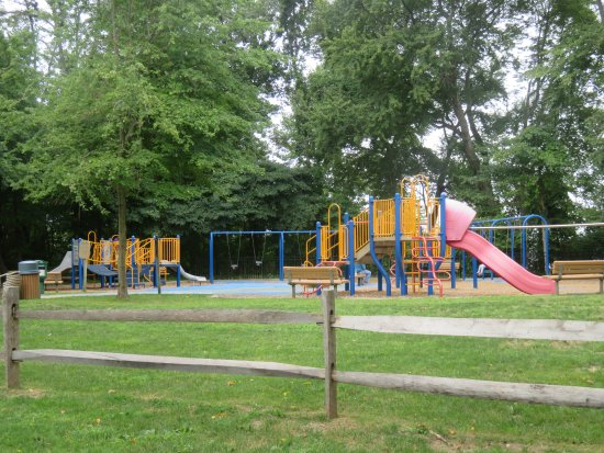 Howell, NJ: Children's playground