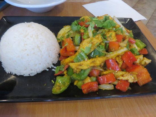 Howell, NJ: Chicken abd Vegetables in Garlic Curry Sauce