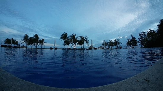 """Princess D'An Nam Resort & Spa: Wonderful day at here...very relaxing and quiet. I felt in love with """"Her"""""""