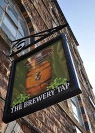 Mitcheldean, UK: Where the tours start and the weekends end. The Brewery Tap, situated in the old yeast store of