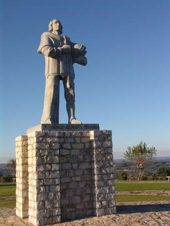 Ourem, Portugal: em Terreiro de Santiago -  homenagem a D. Nuno Alvares Pereira