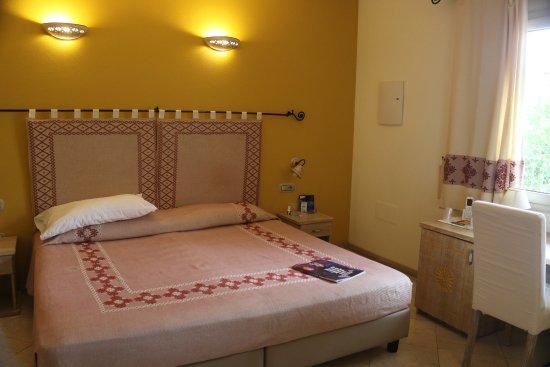 Hotel Domomea: Bedroom