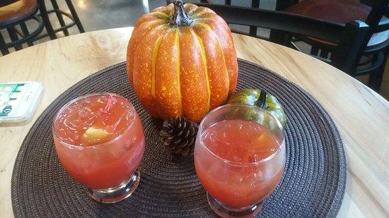 Monroe, WI: Distillery cocktails
