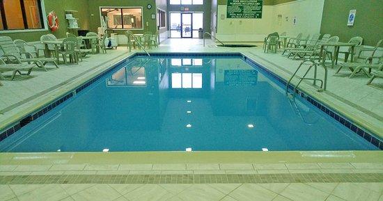North Platte, NE: Large pool