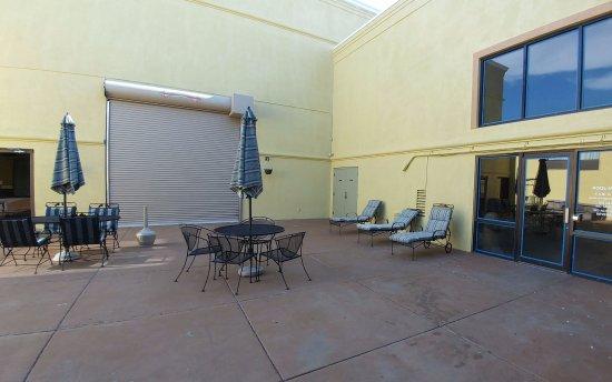 North Platte, NE: Patio outside pool