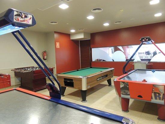 Hotel Cesar Augustus: Sala de juegos