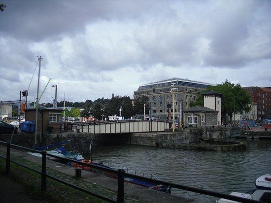 Prince Street Bridge