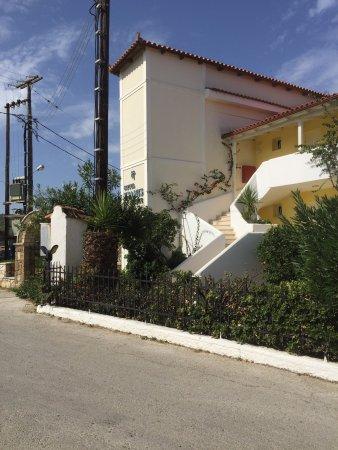 Κυψέλη, Ελλάδα: Hotel tsamis