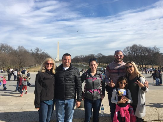 DC Insider Tours : Our tours are perfect for couples, families, single travelers, and everyone in between!