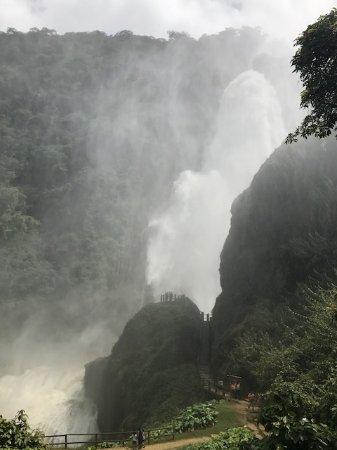 Chiflon Cascades