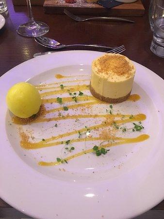 ووترهيد بوتيك هوتل: Fantastic food at Waterhead hotel and plenty of variety