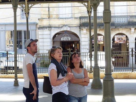 Monsegur, Francia: Visite des halles après déjeuner.