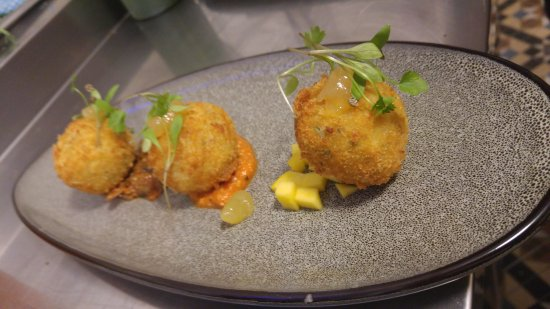Chesham, UK: crab croquette