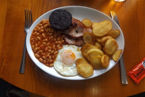 Great Missenden, UK: all day breakfast with black pudding