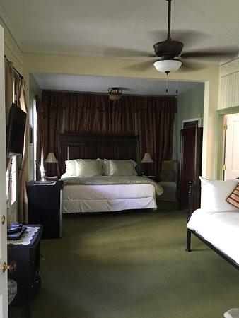 The Bacchus Inn: photo3.jpg