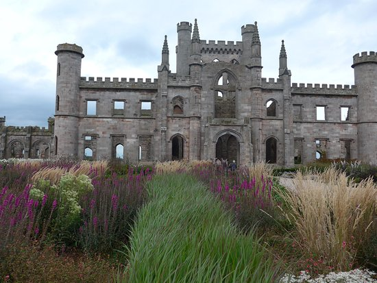 Penrith, UK: Lowther Castle with some of the fall gardens.