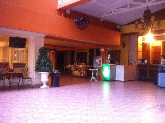 Khaosan Palace Hotel Image