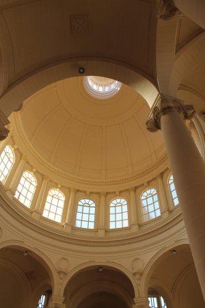 Xewkija, Malta: Den flotte kuppel i gule sandsten
