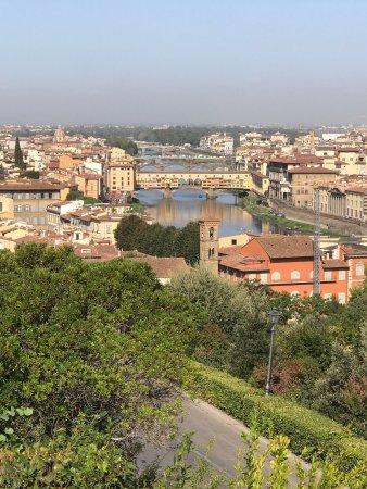 Hotel Azzi - Locanda degli Artisti: Piazzale Michelangelo