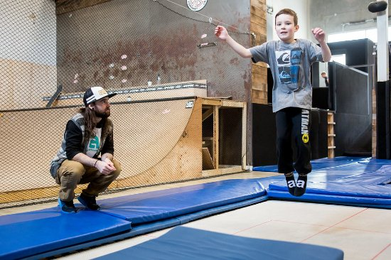 Squamish, Canada: Trampoline Lessons - Airhouse Academy