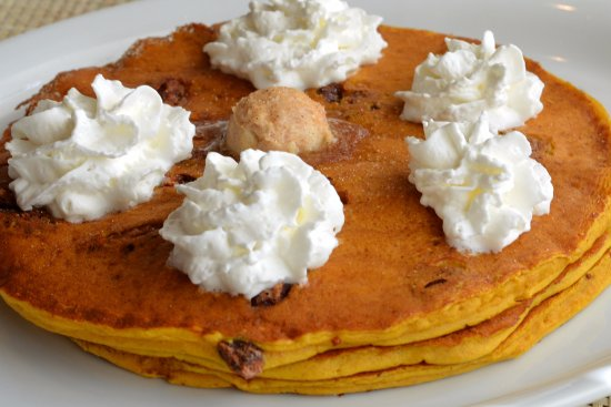 Downers Grove, IL: Pumpkin Pancakes