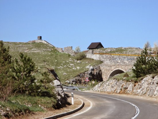 Kubus, Ura: Road 25 to  Karlobag. Tunel under view point