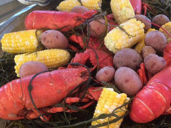 Southport, ME: Twin lobster dinner