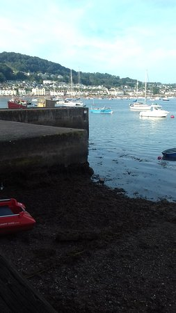 Teignmouth, UK: Morning  back beach