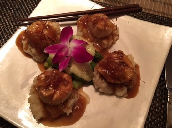 Siam: Mango Scallops with Asparagus - Amazing!!