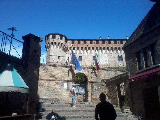 Gradara, Italien: Ingresso al castello