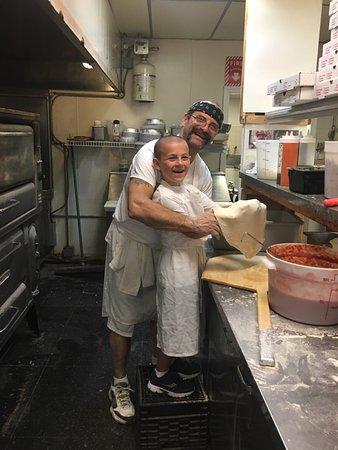 Wallingford, CT: Minervini's Pizzeria