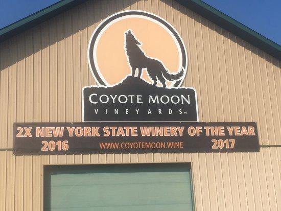 Coyote Moon Vineyards: photo0.jpg