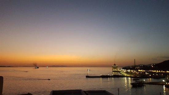 Tourlos, Greece: 20170919_194647_large.jpg