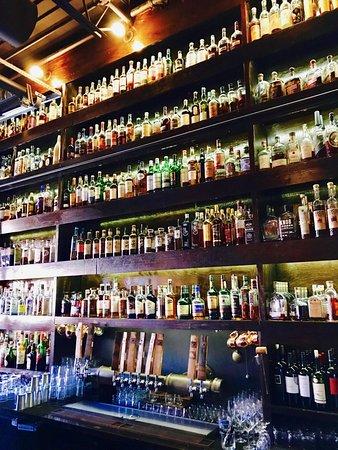 Eagan, MN: Whiskey Bar