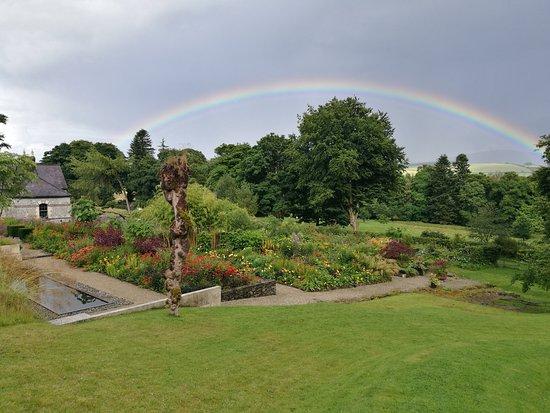 Blessington, Irlanda: June Blake's Garden. Photos by Dara Craul Photography.