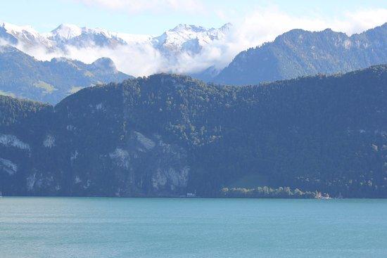 Weggis, Switzerland: Fin utsikt från baklongen