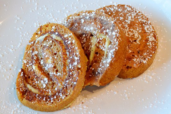 Geneva, IL: Pumpkin Roll French Toast