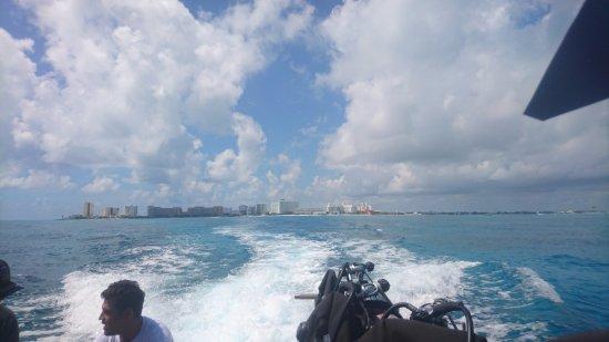 Solo Buceo Dive Shop : a caminho de isla mujeres