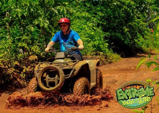 Hummer Jungle Tours: Splash down.