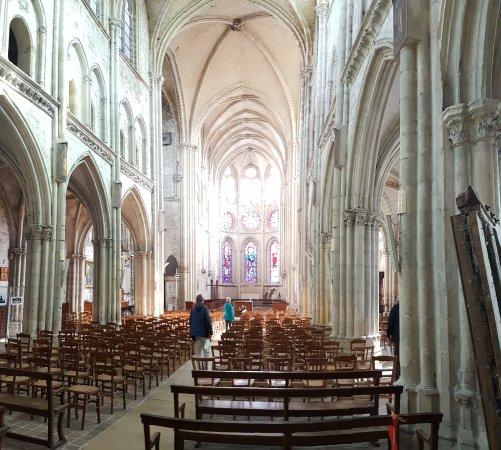 Moret-sur-Loing, France: Eglise de Moret sur loing