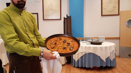 San Sebastian de los Reyes, สเปน: arroz con pulpo y berberechos