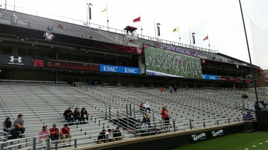 Newton, MA: South End Zone before Kickoff