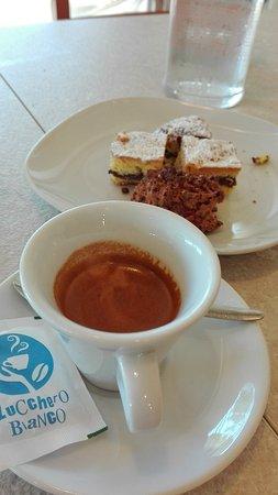 Agriturismo Agri Rio : dolcetti e caffè